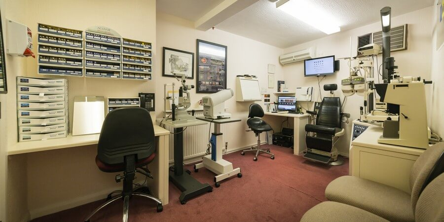 Leading Eye Test Centre in Brighouse   Donovansmith co uk